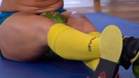 世界上最奇葩的吉尼斯纪录,用大腿根部夹爆西瓜,画面惊众全场!