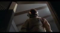 外星人奄奄一息,警官宇航员全体出动,还建立了无氧通道