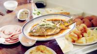 """用""""美食节目""""的方式打开《刘老根3》,龙泉山庄三杯旗鱼皮,你值得拥有!"""