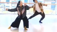 火红的萨日朗舞蹈分解视频,草原最美的花,超好看的版本