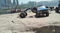 民间高手自制研发全地形无人驾驶越野车,攀爬越野能力惊人!