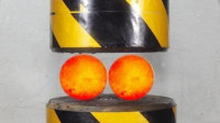 1000℃钢球VS液压机,强者与王者间的对决,谁更胜一筹?