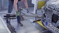 梅赛德斯电动发动机-电池生产总成