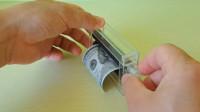 世界上最神奇的机器,白纸进去直接变钞票?这也太神奇了吧