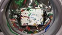 洗衣机也能用来作画?小伙奇葩测试,成品太惊艳了!