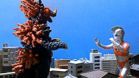 怪兽招数技能很多,艾斯奥特曼找准时机一击秒杀