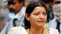 印度媳妇远嫁中国,岳母来中国探望一进门就哭了:为啥欺负我女儿