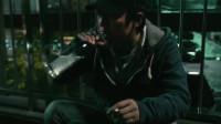 影视:黄渤拎着锤子要砸人,李晨突然一回头,他却突然变怂了!