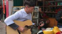 高手弹吉他,就是不一样,看这手法一般人学不会!