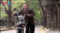 爆笑影视:潘长江骑车外出,怕车被盗竟将车绑树上,长见识了