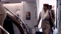 飞机舱门为什么要设计成手动的,原来是这么回事,真是让我涨姿势了!