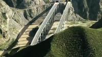 """中国的""""基建狂魔"""",大山里随处可见的超级工程,一言不合就打洞"""