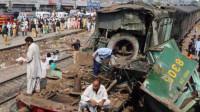 巴基斯坦火车与巴士相撞事故死亡人数升至30人