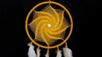 创意编织手工——用线编个螺旋图案捕梦网