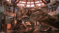 科学家克隆出恐龙蛋,孵出一条凶猛的霸王龙,一部恐龙科幻电影