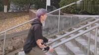小伙每次出门不想走台阶,都会用这种方法行动一般人还真学不来!!!
