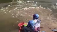 老公喜欢钓鱼又钓不到!开车给他送点去!