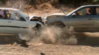 汽车超行驶相撞会发生什么?放慢一万倍观察,你真还敢开快车吗