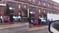 实拍!纽约医院用集装箱卡车装尸体 市民一边拍一边哭:这是真的
