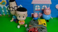 猪爸爸给乔治买了好多小车,乔治不借给大头玩,小头爸爸给大头画了一个专车