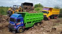 自卸卡车玩具运输沙土铺设道路