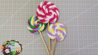 乐桃桃创意手工:超简单的粘土棒棒糖来咯!你喜欢哪个口味呢