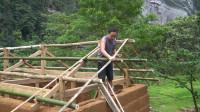 水稻哥 第108集 继续建造我的原始夯土小屋 马上就要建造完成了