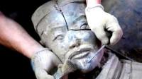 秦始皇兵马俑是用活人烧制?一尊兵马俑裂开后,内部真相惊呆众人
