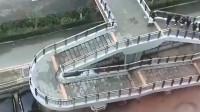 天才设计师:这天桥的设计师在侮辱我的智商,双向楼梯的意义何在?福建网友:你智商不够