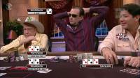 德州扑克 牌才刚发出来 30多万美金就瞬间被扔进了牌桌中间