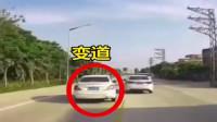 行车记录变道超车遇上前车变道,躲避再变道时撞上对向电动车。