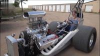 美国老爷子造了两辆拉风机车,纯手工打造,上路才叫一个拉风!
