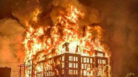 美国突发大规模暴动!万人洗劫全城 纵火烧楼 市民当街惨死