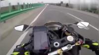 摩托车蹭了宝马的ETC, 这下宝马车主在高速上彻底怒了