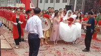 广东新娘是意大利新郎大学的老师,没想到如今嫁给了学生,这结婚场面太喜庆了!