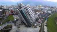 """发生""""地震""""时,分别住在底层和高层的人谁更安全?真相不可思议"""
