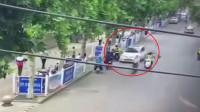 徐州一小轿车失控撞伤5人 肇事司机被警方控制