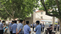 西安小学生校内被撞身亡 涉事学校校长副校长被免职