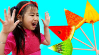 太棒了,萌娃小萝莉为何如此惊讶?怎么吃掉超多水果呢?益智游戏