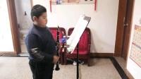 疫情期间,在家练练单簧管。
