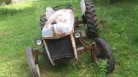 1943年的福特拖拉机,一把点火成功,真是个老古董啊