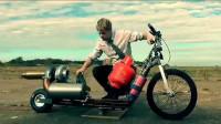 英国疯子制造了一辆,用煤气做燃料的涡轮喷气摩托车,一般人不敢开!
