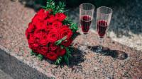 十二星座向别人道歉会送什么礼物?双子座送玫瑰花,百试百灵