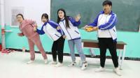 学霸王小九校园剧:老师和学生吃特辣火鸡面争做班花,没想学霸竟吃傻了!真逗