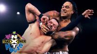 NXT接管大赛:芬巴洛尔爬上上绳 准备终结飞踏 被达米安一掌锁喉
