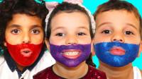 太可爱,萌娃小正太和小萝莉的脸怎么都是颜料?在玩什么游戏呢?学色彩英语儿童启蒙益智亲子游戏玩具故事