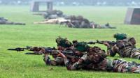印度下达开火指令!疯狂买70万支步枪,俄:冷静一点