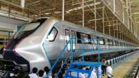 中国制造碳纤维地铁,车内科技满满,可任意编组合成