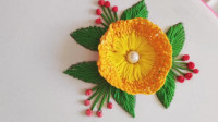 手工刺绣教学,看看如何利用小木板绣花朵,非常有创意!