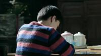鸡毛飞上天:晓旭在金水叔家住,遭到金水叔嫌弃,但身体很诚实的帮忙照看